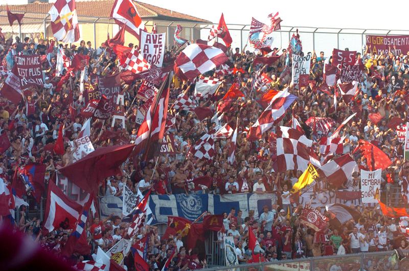 Livorno Super Allunga Ancora. Rallenta La Rincorsa Il Pisa